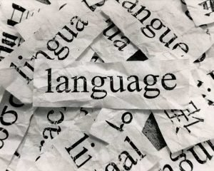 Some reasons why bilinguals to have/not have accents